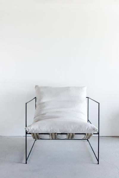 silla de acero sólido