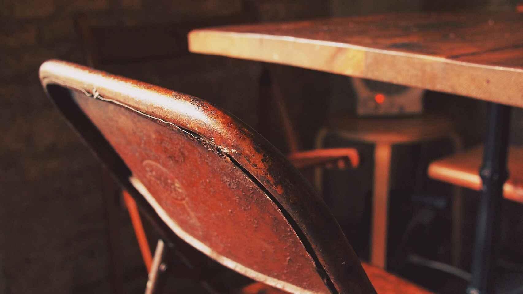 corrosión muebles metálicos